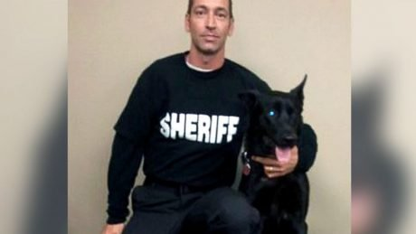 Police Dog Saves Cop Ambushed By 3 Criminals Near The Woods